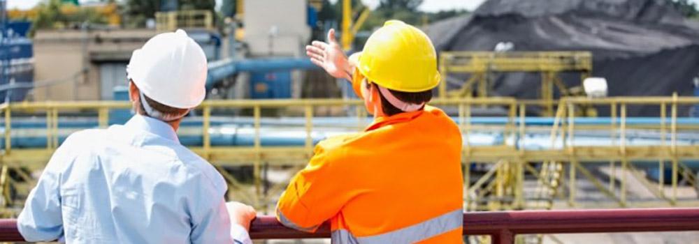 prevencion-de-riesgos-laborales-obras-cascos-680x453